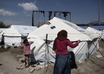 La UE presiona a Grecia para que expulse ya a los primeros refugiados