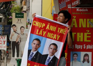 Obama visita un Vietnam bajo control comunista que se acerca a EE UU