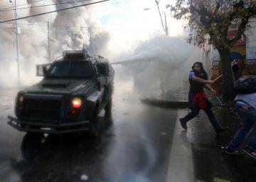 Una ola vandálica en Valparaíso deja un muerto durante el discurso de Bachelet
