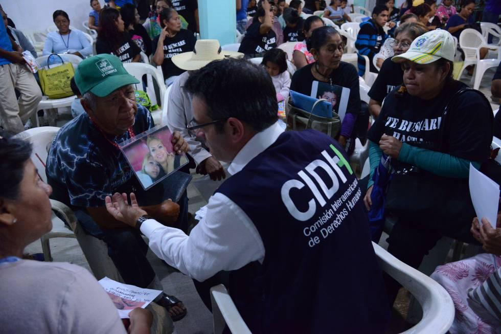 Visita de la CIDH a Iguala, México, en septiembre de 2015