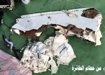 Los forenses egipcios desmienten la tesis de la explosión en el vuelo MS804