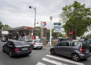 El Gobierno francés promete garantizar el acceso a las reservas de carburantes