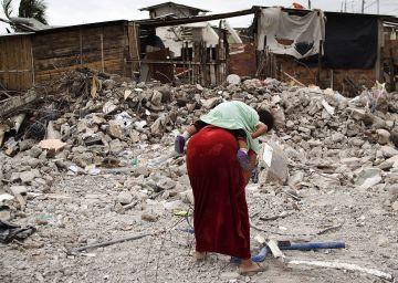 Ecuador ofrece un bono a quienes asilen a los damnificados del seísmo