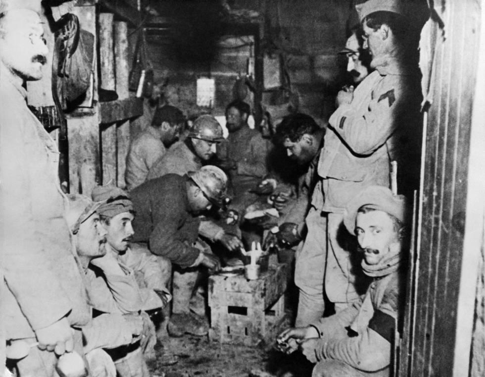 Soldados franceses en Fort de Vaux, uno de los fuertes de la batalla de Verdun, en una foto de archivo sin fecha.
