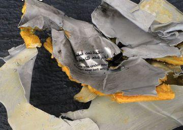 Localizados restos del avión de Egyptair en el fondo del Mediterráneo