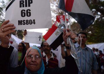 Detectada la señal de una caja negra del desaparecido avión de Egyptair
