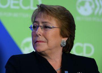 Bachelet se querella por injurias y calumnias contra una revista