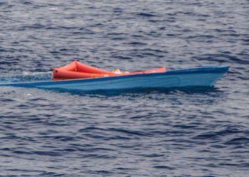 Encontrados 117 cadáveres de náufragos em praia na Líbia