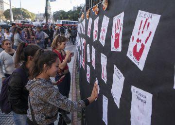 Argentina marcha contra a violência de gênero um ano depois da campanha 'Ni Una Menos'