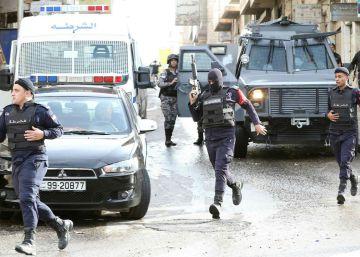 Tres agentes de inteligencia jordanos mueren en un ataque a un campo palestino