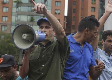 El poder electoral valida más de un millón de firmas para el revocatorio contra Maduro