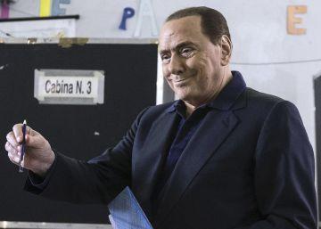 Berlusconi será operado tras un ataque cardíaco que puso su vida en peligro