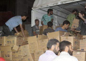 La cercada ciudad siria de Daraya recibe la primera comida en cuatro años