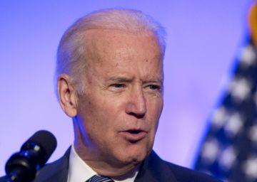 """""""Eres una guerrera"""", le dice Biden a la víctima de violación en Stanford"""