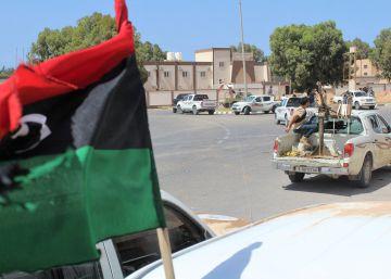Las fuerzas libias entran en Sirte y arrebatan el puerto a los yihadistas