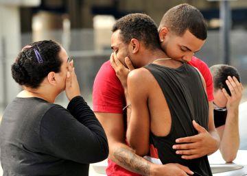 """Supervivientes del tiroteo: """"Había sangre por todas partes"""""""