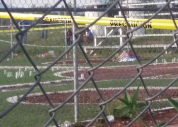 Unos sicarios asesinan a tiros a tres personas durante un partido de béisbol en México