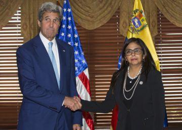 Kerry reclama ante la OEA que Venezuela acepte el referéndum revocatorio