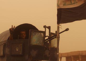 Las fuerzas iraquíes toman el centro de Faluya en medio de un éxodo de la población civil