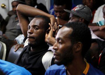De África a EE UU: la odisea de 109 migrantes se frena en Honduras
