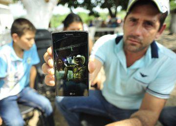 Tres policías de Veracruz, detenidos por matar a tiros a una madre y a su hijo