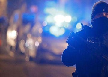 La policía belga acusa de terrorismo a tres de los 12 sospechosos detenidos