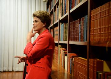 "Sitting out impeachment process, Dilma Rousseff condemns ""coup"" in Brazil"