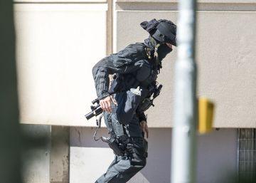 La policía abate a un hombre que abrió fuego en un cine en Alemania