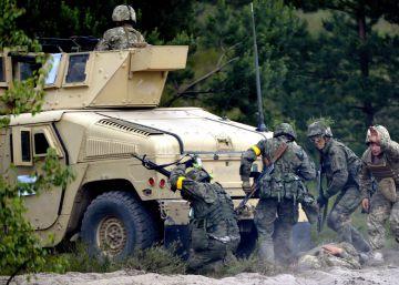Bruselas responde al 'Brexit' con más integración militar en la UE