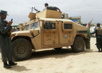 Al menos 27 policías muertos tras un ataque suicida en Kabul
