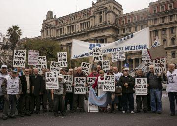 Macri logra aprobar la ley de pago a jubilados y amnistía fiscal