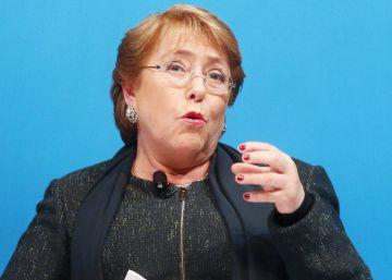 """Michelle Bachelet: """"A crise da política é internacional. Temos de rever tudo"""""""