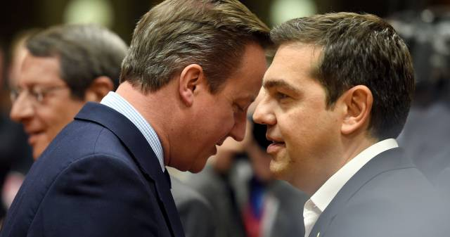 El británico Cameron y el griego Tsipras este martes en Bruselas.