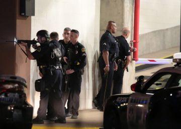 Tiroteo en Dallas, en vivo y en directo | El atacante muerto dijo que quería asesinar a policías blancos