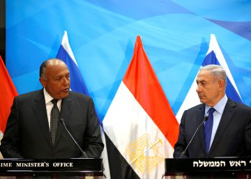 Un ministro de Exteriores egipcio visita Israel por primera vez en una década
