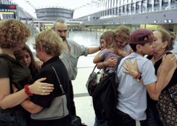Un estudio revela que 4 de cada 10 argentinos están dispuestos a irse del país