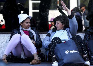 Ecuador deporta a decenas de cubanos