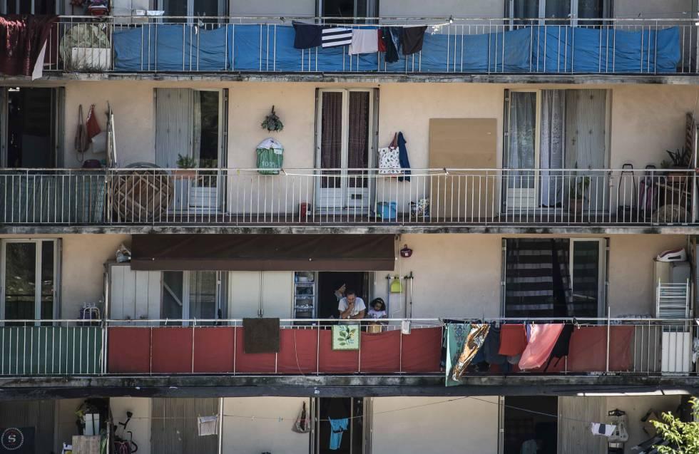 Fachada de um edifício de L'Ariane, em Nice.