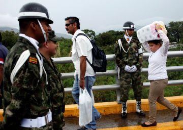 Cerca de 150.000 venezolanos cruzan en dos días la frontera a Colombia en busca de alimentos