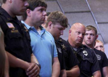 Duelo, dudas y desconcierto tras el tiroteo de Baton Rouge