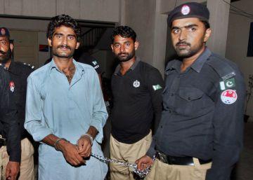 El hermano de la modelo pakistaní asesinada dice que no se avergüenza de haberla matado