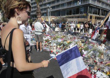 El terrorista de Niza había hecho múltiples búsquedas sobre matanzas del ISIS