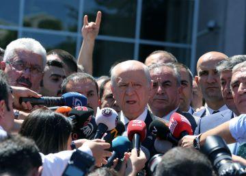 Los partidos rechazan el golpe pero exigen respeto a la ley