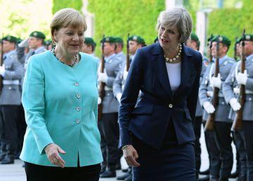 Merkel ofrece tiempo a Reino Unido para preparar la salida de la UE