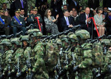 """Santos insta a superar el """"odio"""" en el Día de la Independencia de Colombia"""