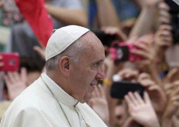 """El Papa dice que el mundo está en guerra, pero """"no de religiones"""""""