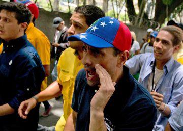La oposición venezolana aumenta la presión en las calles