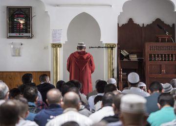 Valls estudia prohibir la financiación extranjera de la construcción de Mezquitas