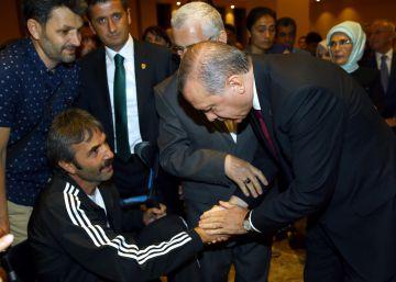 Erdogan anuncia una reforma para controlar al Ejército y los servicios secretos