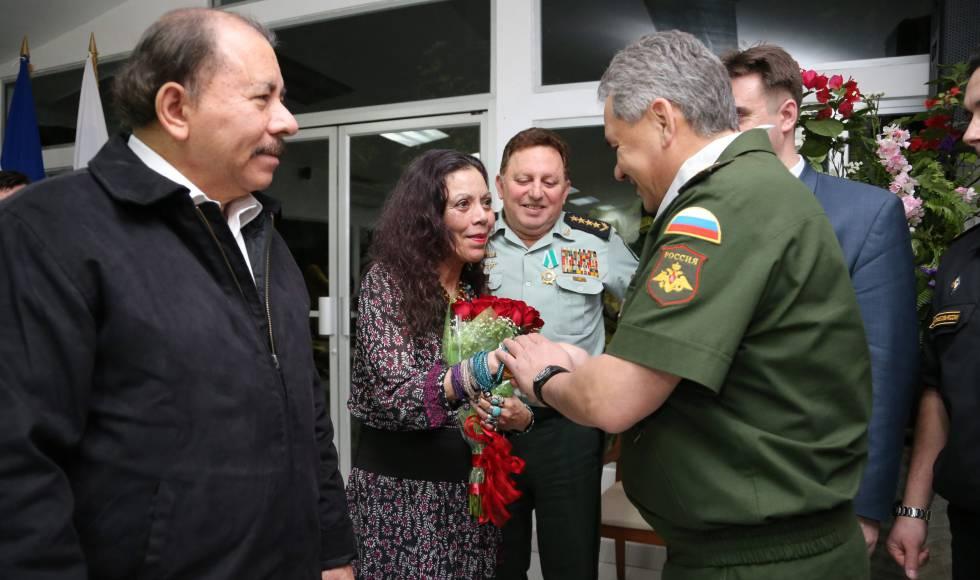 Rosario Murillo junto a Daniel Ortega en 2015.